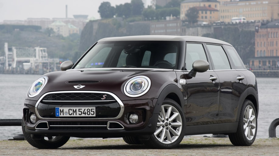 2016 mini clubman first drive w video update autoblog. Black Bedroom Furniture Sets. Home Design Ideas