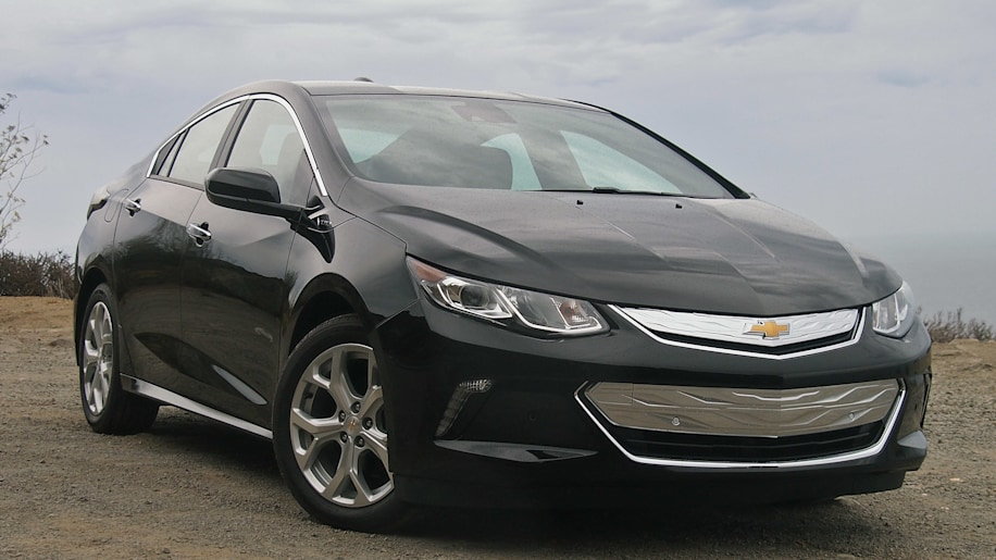 Gm Won T Really Kill Off The Chevy Volt And Cadillac Ct6 Will It
