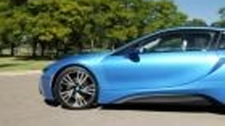 2015 BMW I8 | Beauty-Roll