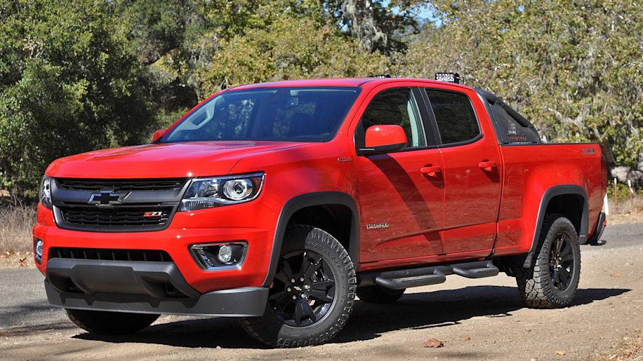 2016 Chevrolet Colorado Diesel front 3/4 view