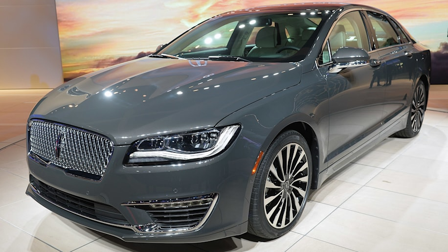 Lincoln MKZ at the 2015 LA Auto Show