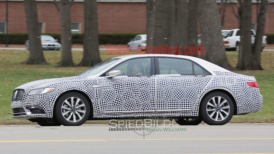 2017 lincoln continental spied on the inside autoblog. Black Bedroom Furniture Sets. Home Design Ideas