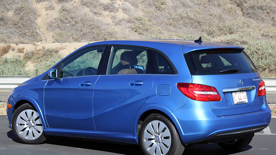 2015 mercedes benz b class electric drive review autoblog for 2015 mercedes benz b class electric drive