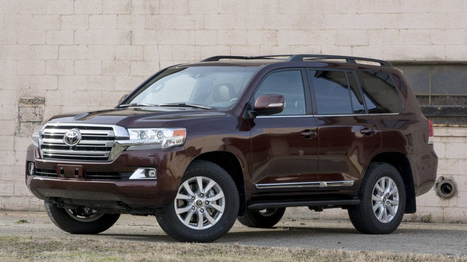 toyota land cruiser 2016 angle