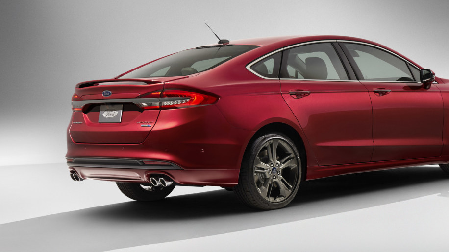 2017 Ford Fusion Gets 325 Hp Sport Model With AWD