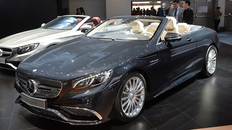 Mercedes amg s65 cabrio is the ultimate v12 droptop autoblog for Drop top mercedes benz