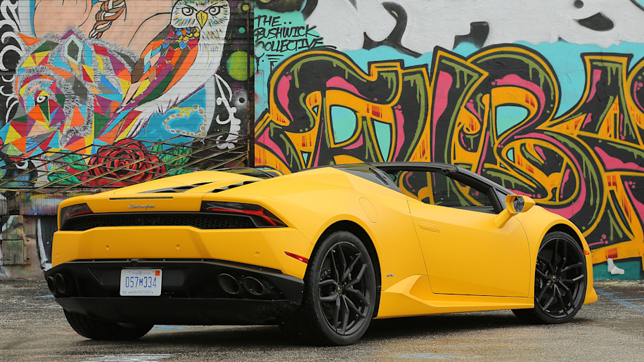 2016 lamborghini huracan lp 610 4 spyder first drive photo gallery autoblog. Black Bedroom Furniture Sets. Home Design Ideas