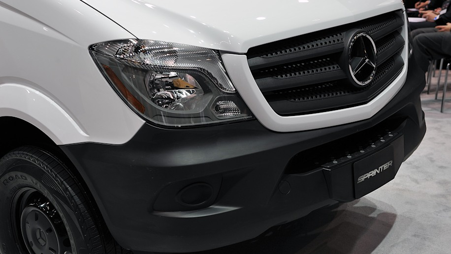 2017 mercedes benz sprinter worker chicago 2016 photo gallery autoblog. Cars Review. Best American Auto & Cars Review