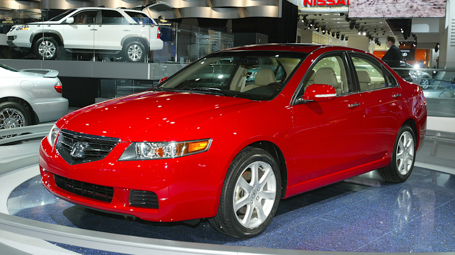 NAIAS Detroit : Acura TSX at the North American Internatioonal Auto Show. Jan 7 2003