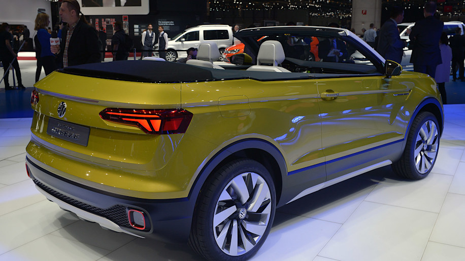 volkswagen t cross breeze is a new cuv disguised as a convertible autoblog. Black Bedroom Furniture Sets. Home Design Ideas