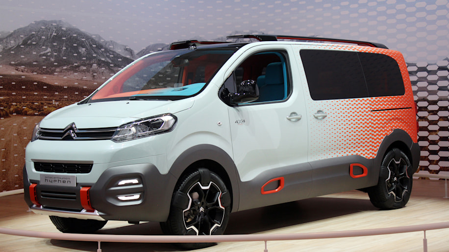 citroen space tourer hyphen is a touring band 39 s dream autoblog. Black Bedroom Furniture Sets. Home Design Ideas