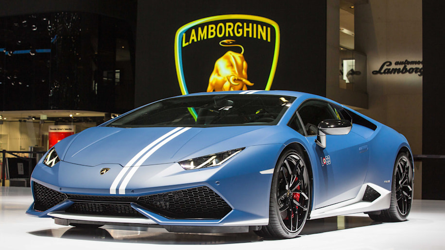 lamborghini huracan lp610 4 avio is ready for takeoff autoblog. Black Bedroom Furniture Sets. Home Design Ideas