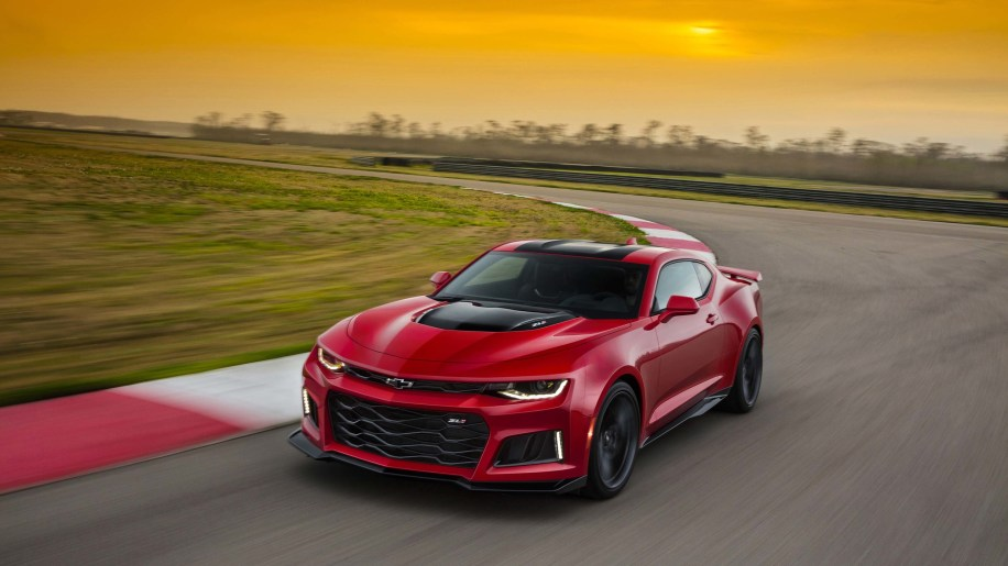 2017 Chevy Camaro ZL1 takes aim at the world