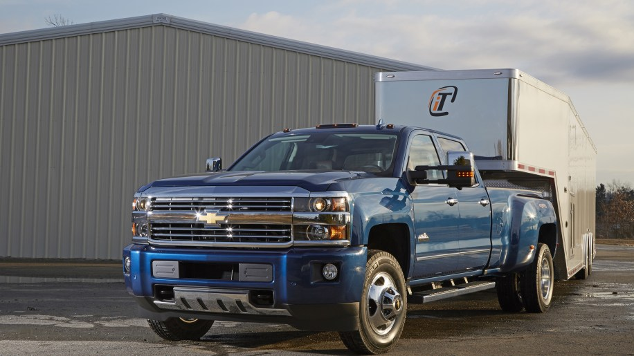 2016 Chevrolet Silverado 3500HD with Trailering Camera System