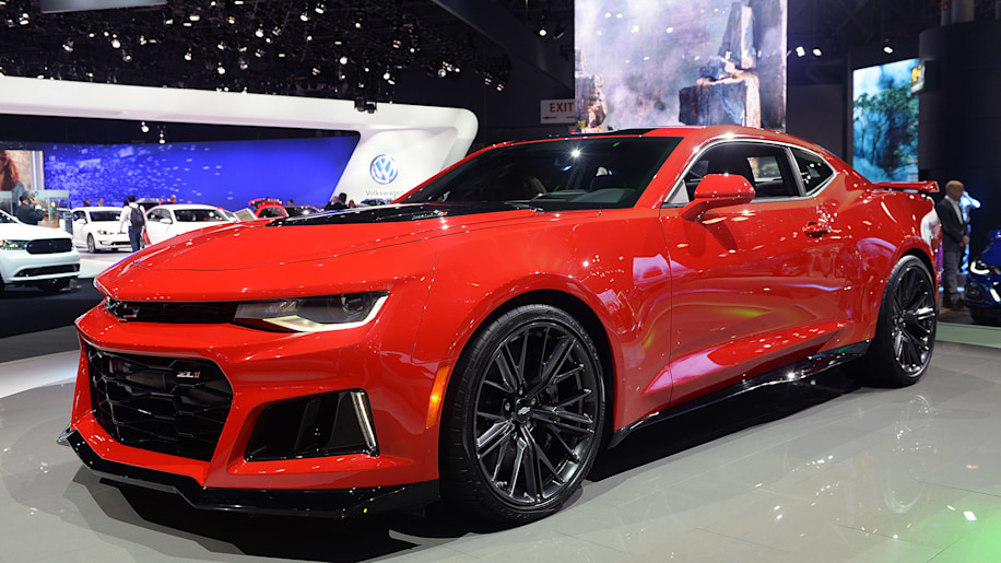 2017 chevrolet camaro zl1 starts at 62 135 autoblog. Black Bedroom Furniture Sets. Home Design Ideas
