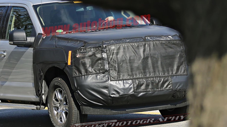 updated ford f 150 will get new front end to go with diesel engine autoblog. Black Bedroom Furniture Sets. Home Design Ideas