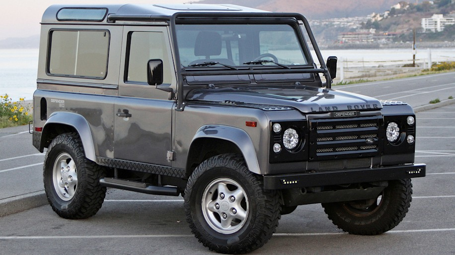 West Coast Defender Land Rover Defender 90 lead