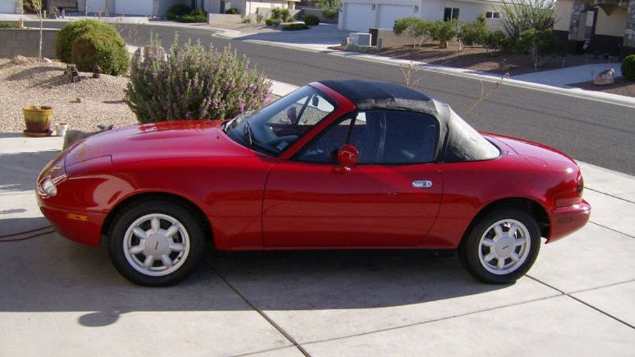 eBay Find of the Day: 1990 Mazda Miata with just 27 original miles