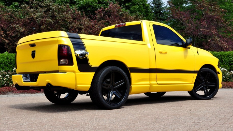 Ram Rumble Bee Concept on 05 Dodge Ram 1500 Stripes