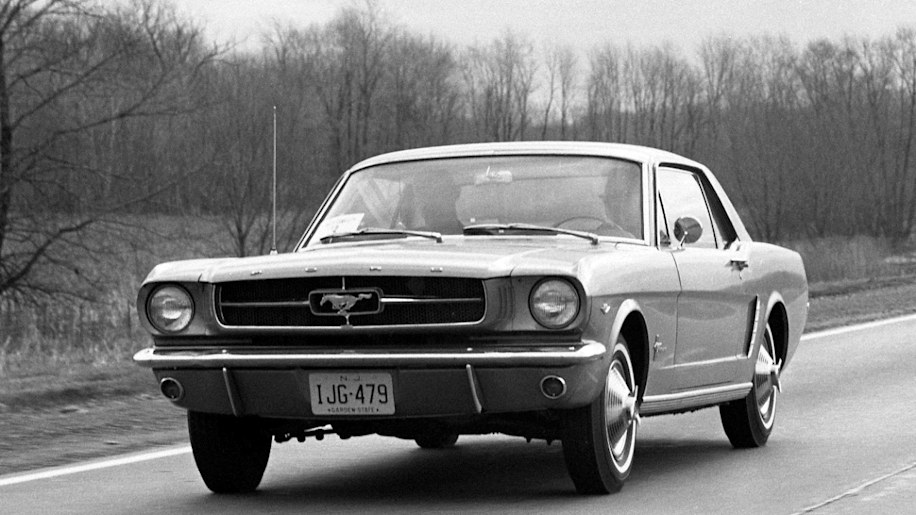 ford-mustang-64-press-kit-001