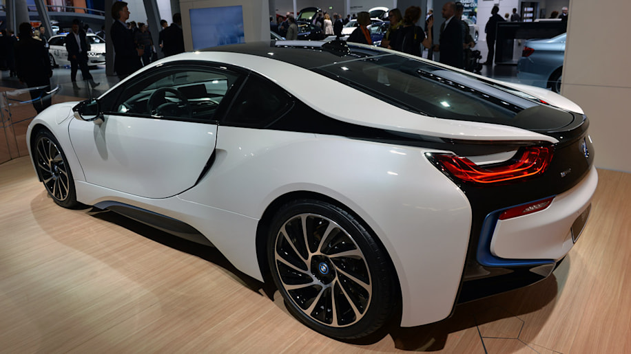 BMW Mulled Ten Eight And Sixcylinder Engines For I Before - 2015 bmw i8 hybrid price