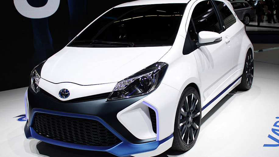 toyota yaris hybrid r is road going version of brand 39 s racing technology w video autoblog. Black Bedroom Furniture Sets. Home Design Ideas
