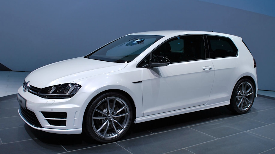 VW Golf R Gets Super Serious With Near 300 HP [w/video]
