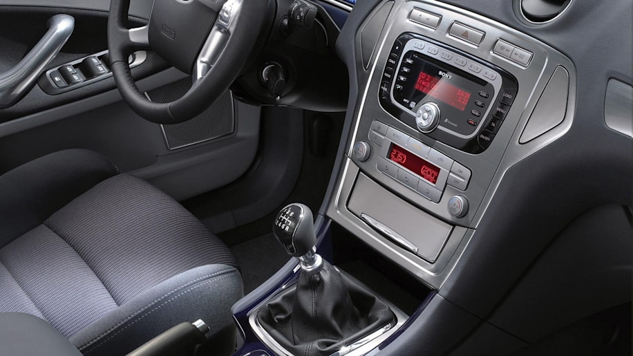 2008 ford mondeo photo gallery autoblog - Ford mondeo interior ...