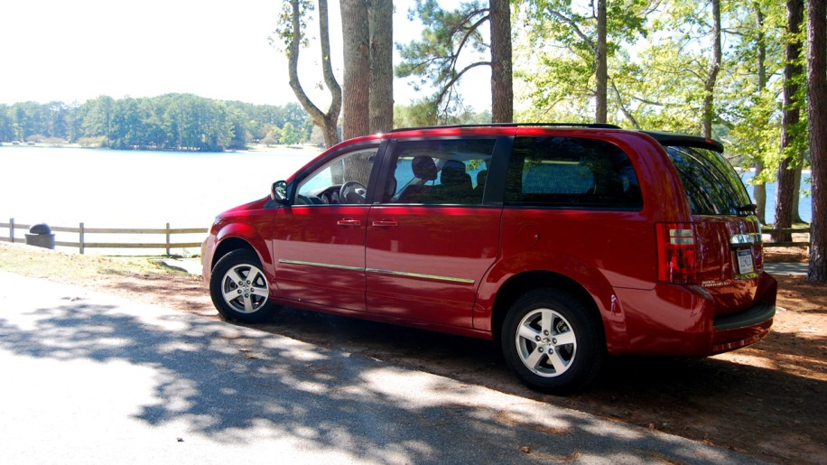 2008 dodge grand caravan sxt photo gallery autoblog. Black Bedroom Furniture Sets. Home Design Ideas
