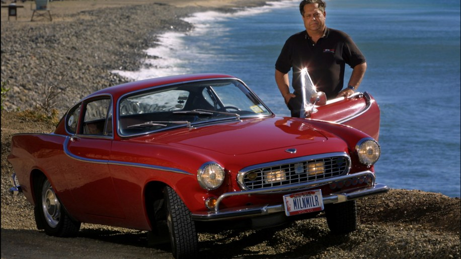 Man with 2.6 million-mile Volvo P1800 aims for 3 million - Autoblog