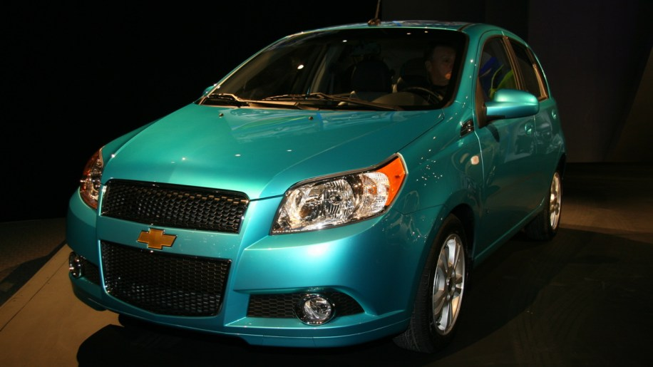 la 2007 2009 chevy aveo5 arrives in the u s autoblog. Black Bedroom Furniture Sets. Home Design Ideas
