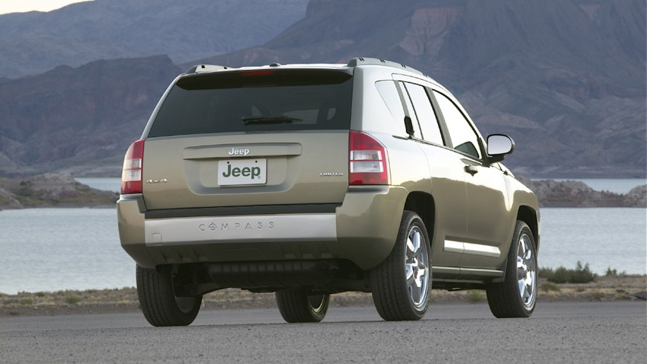 2007 jeep compass photo gallery autoblog. Black Bedroom Furniture Sets. Home Design Ideas