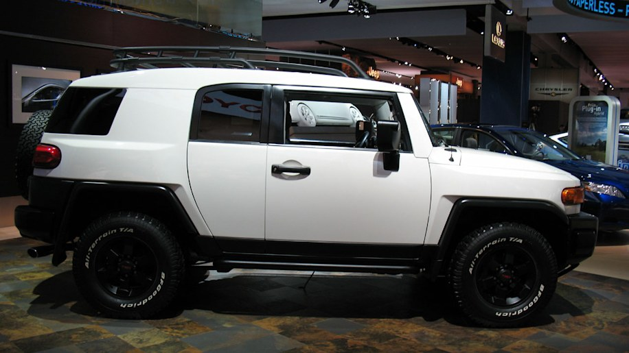 2008 toyota fj cruiser trail teams edition photo gallery. Black Bedroom Furniture Sets. Home Design Ideas