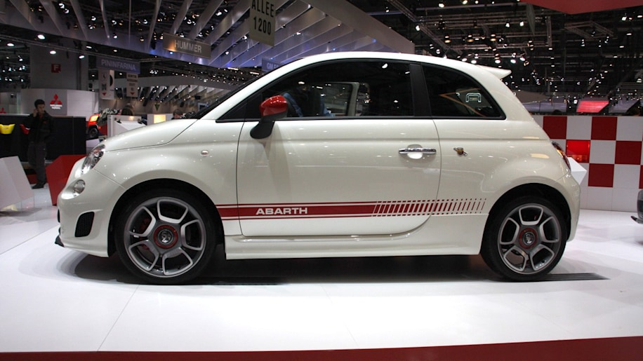 Report 4door Fiat 500 is US bound maybe a subcompact sedan