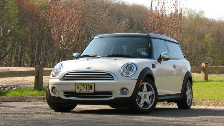 Review: 2008 MINI Cooper Clubman Photo Gallery