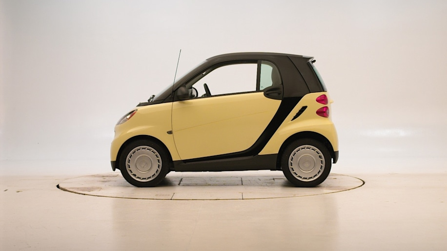 smart fortwo iihs crash test photo gallery autoblog. Black Bedroom Furniture Sets. Home Design Ideas