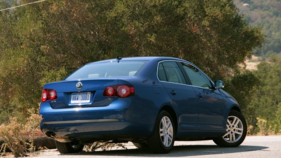 Report nhtsa looking at 2009 vw jetta stalling issues for Garage volkswagen 95