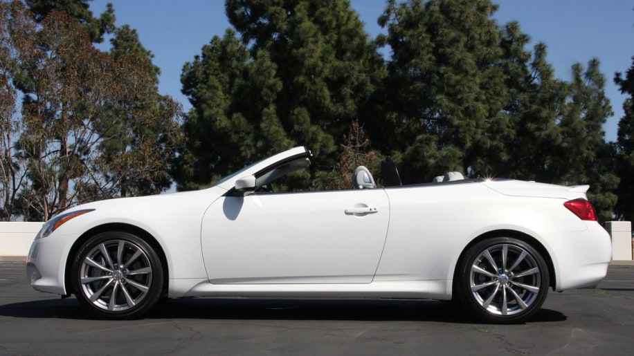 2009 infiniti g37 convertible starting at 43850 autoblog slide 355847 sciox Images