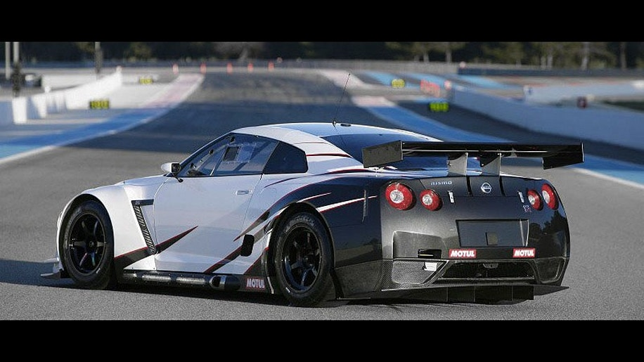 Fia Gt1 Nissan Gt R Revealed In Full With 600 Hp V8 Autoblog