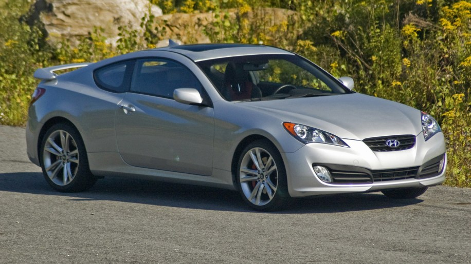 2011 Hyundai Genesis Coupe Review - The Car Connection