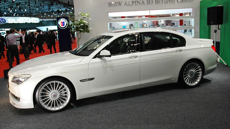 Tokyo 2009: Alpina B7 Bi-Turbo LWB is longer, and therefore better ...