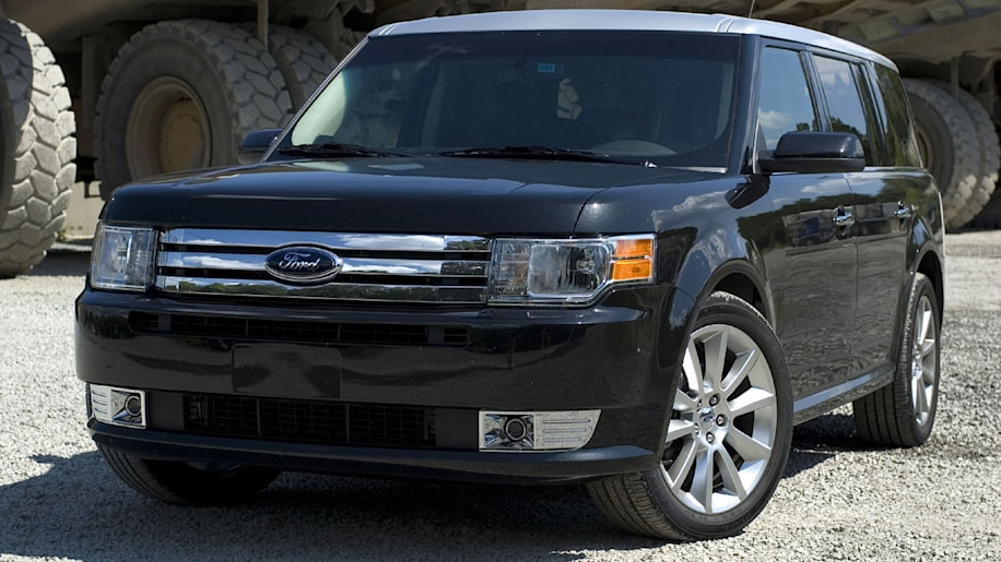 review 2010 ford flex ecoboost photo gallery autoblog. Black Bedroom Furniture Sets. Home Design Ideas