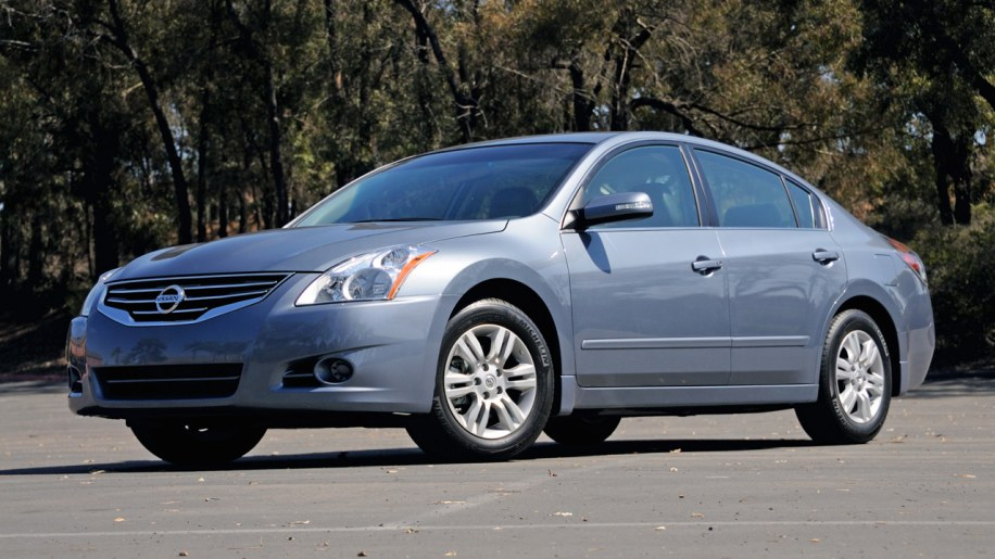 Quick Spin 2010 Nissan Altima Photo Gallery Autoblog