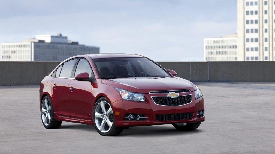 2012 chevrolet cruze quietly gains 2 miles per gallon update autoblog. Black Bedroom Furniture Sets. Home Design Ideas