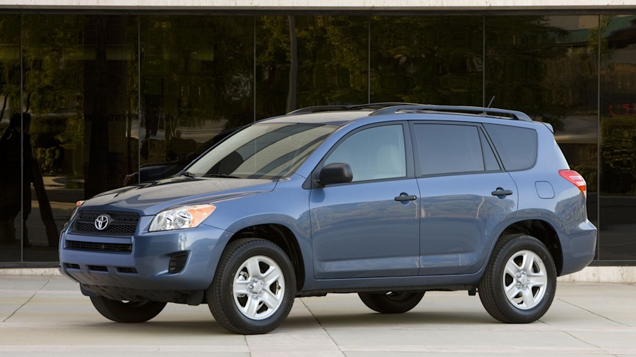 toyota recalls rav4s for faulty windshield wipers. Black Bedroom Furniture Sets. Home Design Ideas