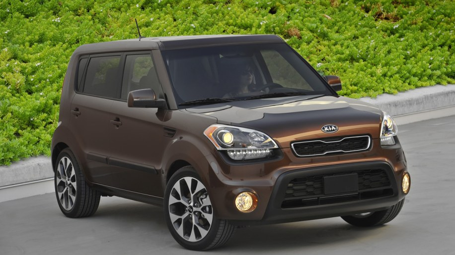 002 2012 kia soul kia recalling 96k souls with sunroofs [update] autoblog Soul License Plate Frame at suagrazia.org