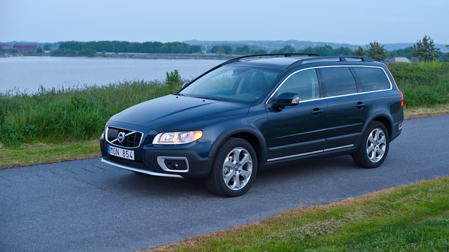 2012 volvo xc70 photo gallery autoblog. Black Bedroom Furniture Sets. Home Design Ideas