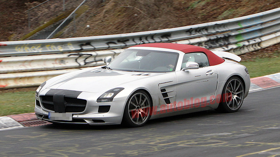 Spy Shots: Mercedes-Benz SLS AMG Roadster