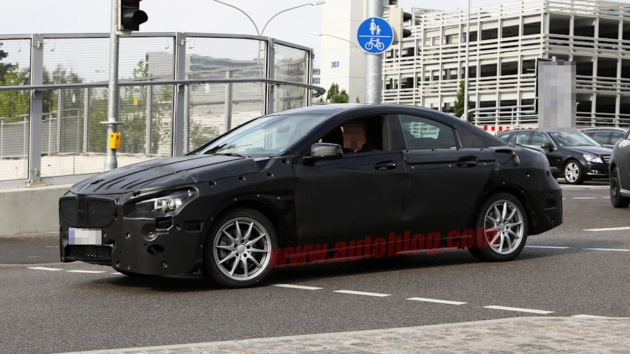 Mercedes-Benz CLC: Spy Shots