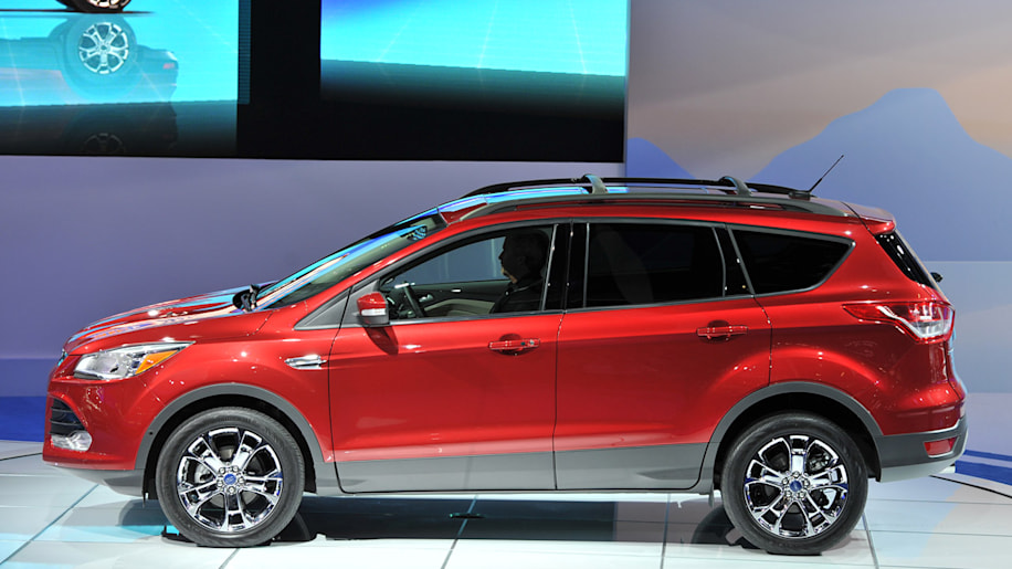 2011 ford escape hybrid reviews autoblog and new car. Black Bedroom Furniture Sets. Home Design Ideas